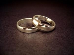 Wedding-rings-Wikipedia