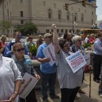 «Дракон мертв». Объединенная Церковь Христа празднует решение Верховного суда США о равенстве брака