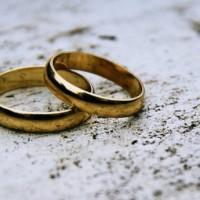 Лютеранские церкви Норвегии будут венчать однополые пары