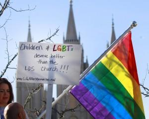 Протест у Церкви мормонов
