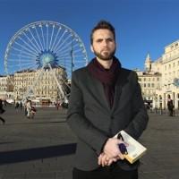 Имам-гей помогает молодым мусульманам