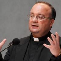 Архиепископ признает, что поддержка репаративной терапии — ошибка