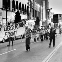 Фронт освобождения геев на первом параде в Лос-Анджелесе