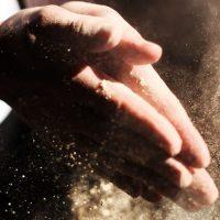 Лиам Хупер. Борьба в пыли