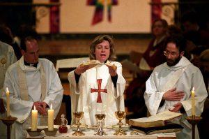 Служба на праздновании двадцатилетия женского священства в Церкви Англии