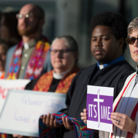 ЛГБТ-пасторы на Пасху написали письмо своей церкви