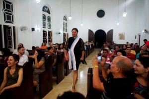 Алексия Сальвадор, пастор из Бразилии
