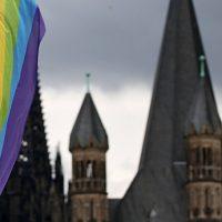В Великобритании вышел доклад о влиянии брачного равноправия на церкви