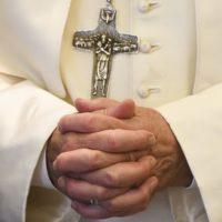 Папа Франциск: сексуальное насилие в церкви недопустимо, и ориентация тут ни при чем