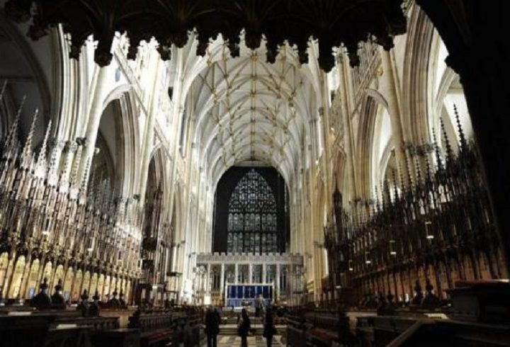 Епископы Церкви Англии создали руководство по принятию ЛГБТ