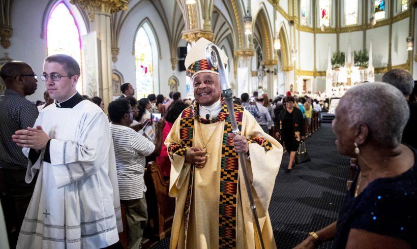 Первым кардиналом-афроамериканцем станет сторонник ЛГБТ архиепископ Уилтон Грегори